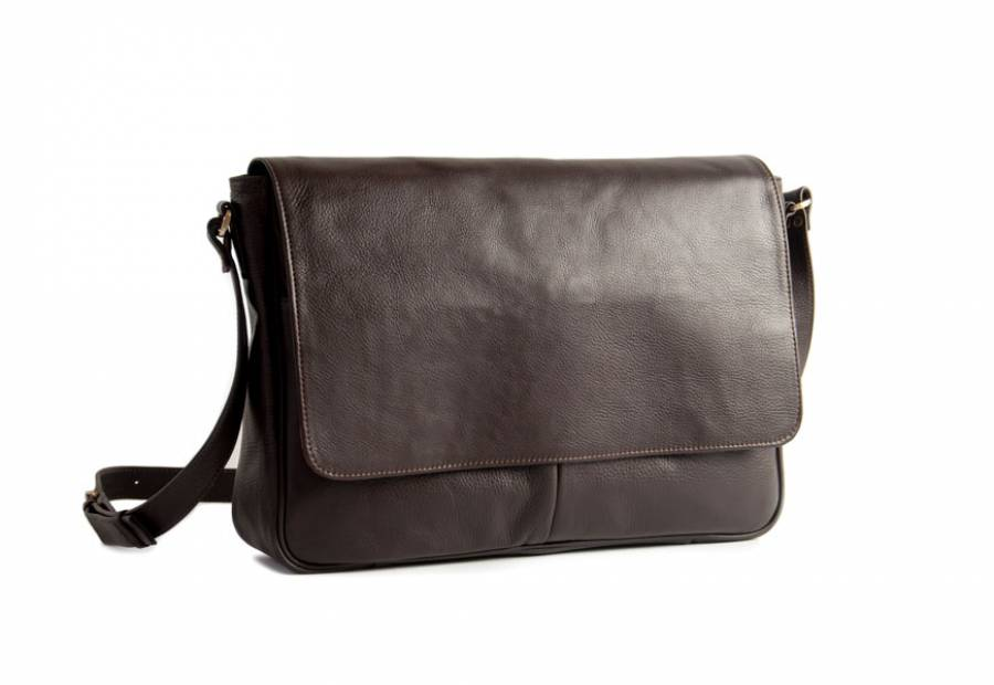 Classic messenger brown